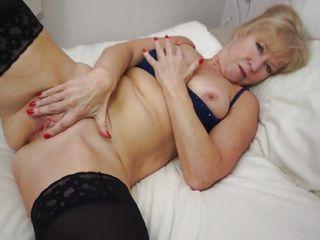 порно подборка женской мастурбации