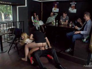 порно с красивыми попками блондинки